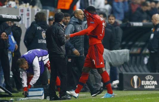 Alexandre Lacazette sort sur blessure le 20 avril dernier contre Besiktas.