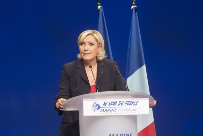 Marine Le Pen à Marseille, le 19 avril.