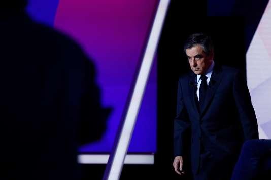 François Fillon lors de la dernière émission télévisée rassemblant les onze candidats à la présidentielle, le 20 avril.