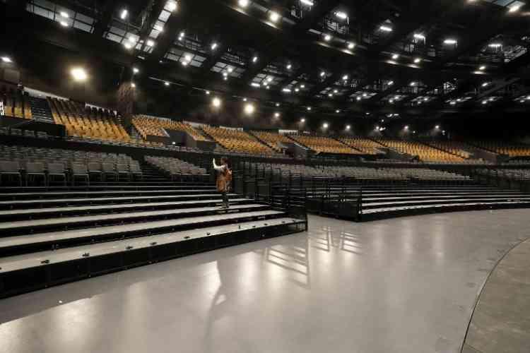 D'une capacité de 1150places, l'auditorium est l'élément symbolique du bâtiment. Il a été conçu pour accueillir toutes les musiques non amplifiées, du quatuor à cordes au grand chœur, de la voix seule à l'orchestre symphonique.