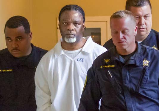 Ledell Leeavait passé plus de vingt ans dans le couloir de la mort puisqu'il avait été condamné pour avoir tué avec un objet contondant une femme, Debra Reese, en1993.