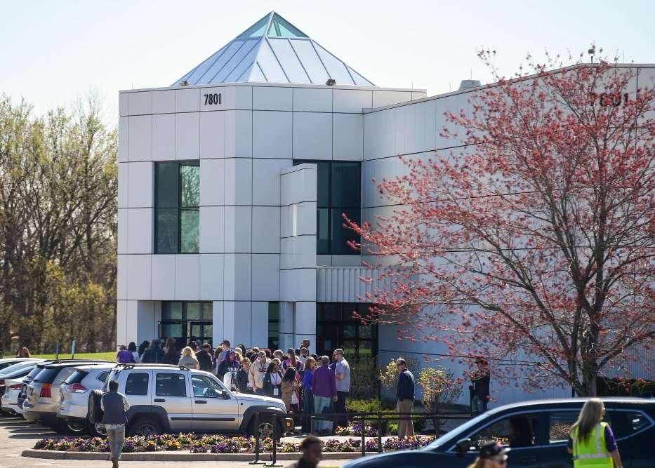 Hermétiquement protégée des regards des curieux, la résidence de Paisley Park était, le 21 avril, au cœur des festivités, avec des concerts, tables rondes et une grande soirée prévue au rythme funk de l'auteur de « Purple Rain ».