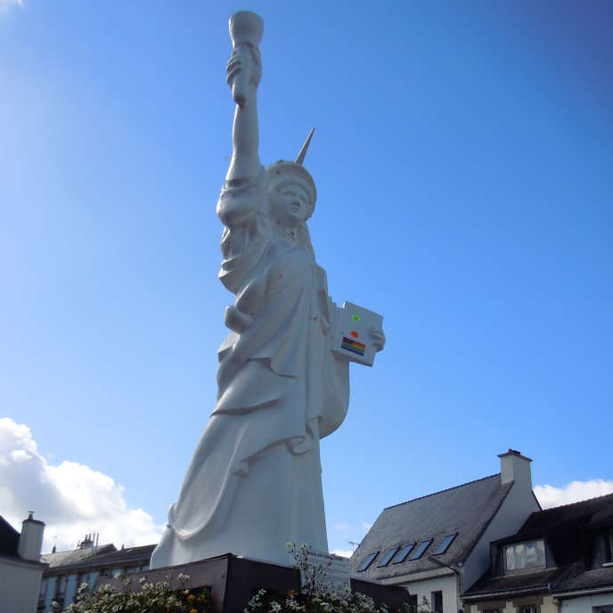 La réplique de la statue de la liberté, à Gourin (Morbihan).