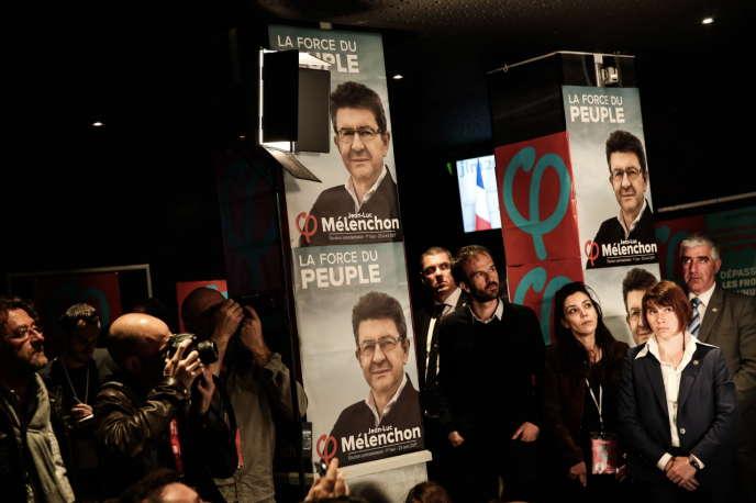 Soirée électorale de Jean Luc Mélenchon au bar Belushi's après les résultats du 1er tour des élections présidentielles à Paris le23 avril.