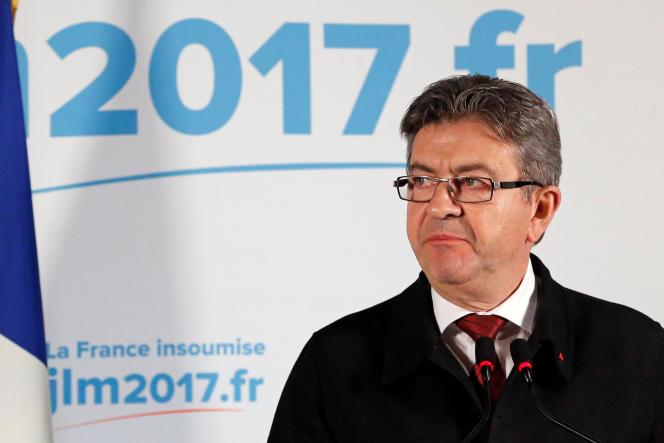 Jean-Luc Mélenchon lors de sa déclaration après le premier tour de la présidentielle le 23 avril.