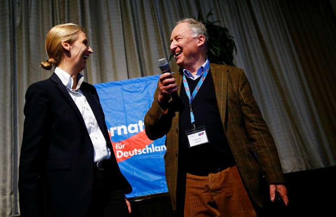 Les deux chefs de file de l'AfDpour les législatives, Alice Weidel et Alexander Gauland, dimanche 23avril, à Cologne.