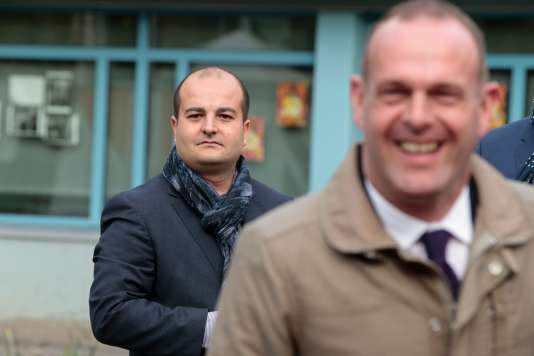 David Rachline (à gauche) et Steeve Briois, le 23 avril, à Hénin-Beaumont.