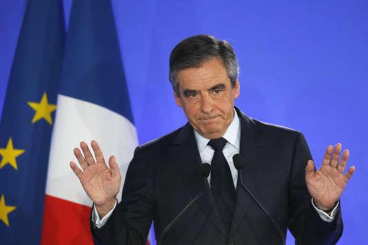 François Fillon à Paris le 23 avril, lors du premier tour de l'élection présidentielle.
