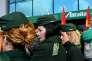 Des salariés d'Alitalia, à l'aéroport de Rome, en mars.
