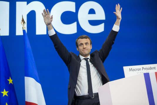 Le candidat du mouvement En Marche !, Emmanuel Macron, est arrivé en tête du premier tour de la présidentielle française, le lundi 23 avril 2017.
