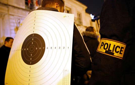 Cette agression avait déclenché un mouvement de fronde chez les policiers entraînant plusieurs semaines de manifestations nocturnes dans plusieurs villes de France.
