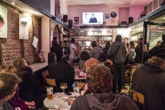 Le bar LaBoulangerie, dans le quartier de Wazemmes, à Lille, dimanche 23 avril.