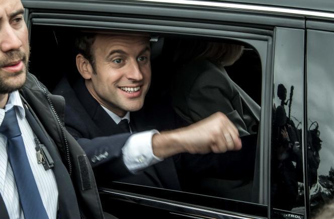 «Par son positionnement, Macron est le seul qui ne serait pas en contradiction mortelle avec lui-même en cherchant à constituer un gouvernement fondé sur une coalition parlementaire» (Emmanuel Macron, le 23 avril).