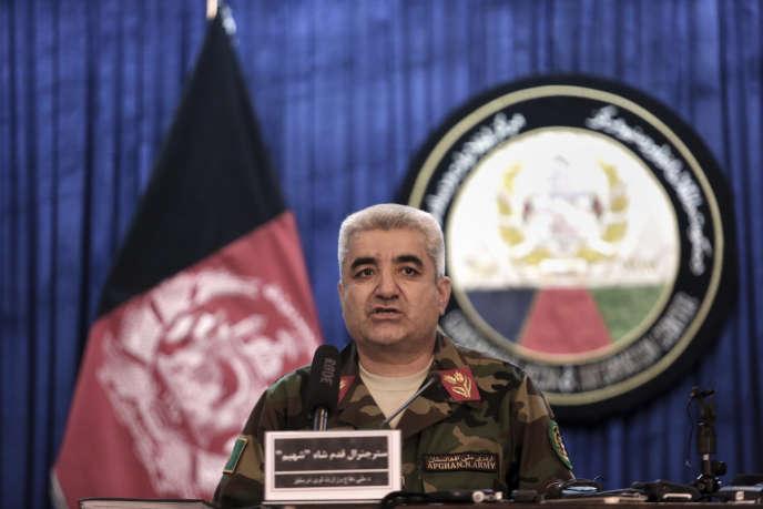 Le général Qadam Shah Shahim,le chef d'état-major des armées, a démissionné après l'attaque par les talibans d'une base militaire à Mazar-i-Sharif dans le nord du pays qui a coûté la vie à plus de 140 soldats la semaine passée.