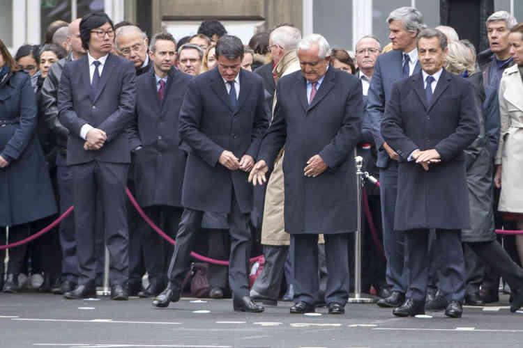 Manuel Valls, Jean-Pierre Raffarin et Nicolas Sarkozy étaient présents à la cérémonie.