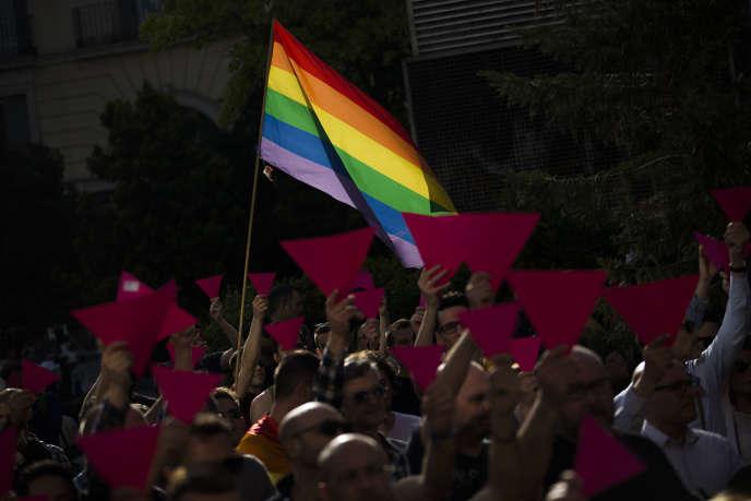Manifestation de soutien à lacommunautéLGBTtchétchène à Madrid, le 25 avril.