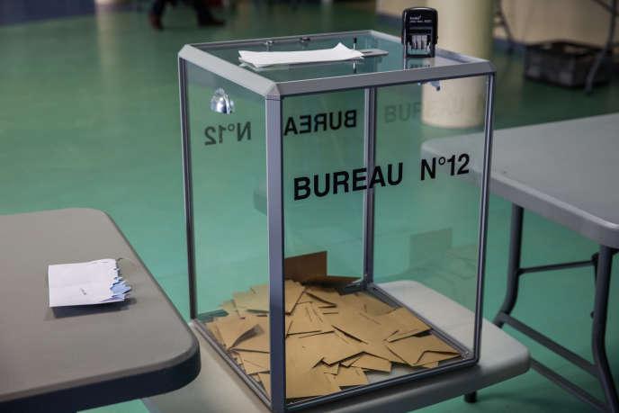 «L'abstention – à laquelle s'ajoute la non-inscription sur les listes électorales (11 % des citoyens cette année) – est porteuse d'inégalités sociales et démographiques de participation politique» (Le 23 avril, à Henin-Beaumont).