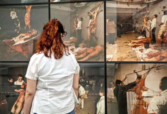 Performance avec des animaux de Herman Nitsch.