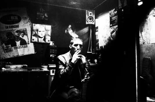 Le rappeur Diaz, membre du groupe MBS, figure du rap contestataire algérien.