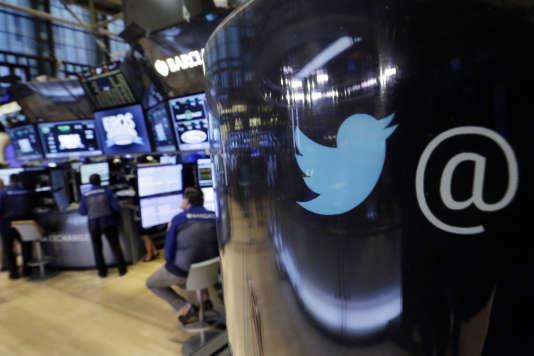 Les utilisateurs de Twitter peuvent consulter les« centres d'intérêt» que le réseau social a déduit de leur activité.
