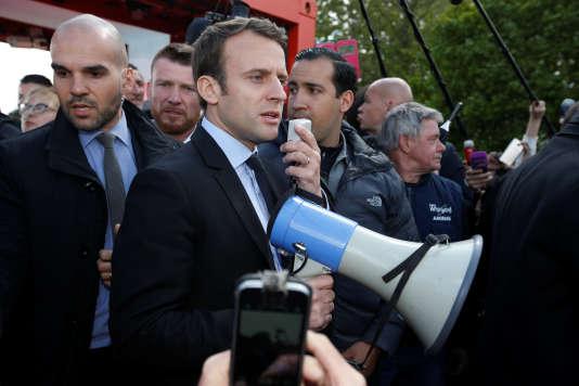 Emmanuel Macron à Amiens, le 26 avril.