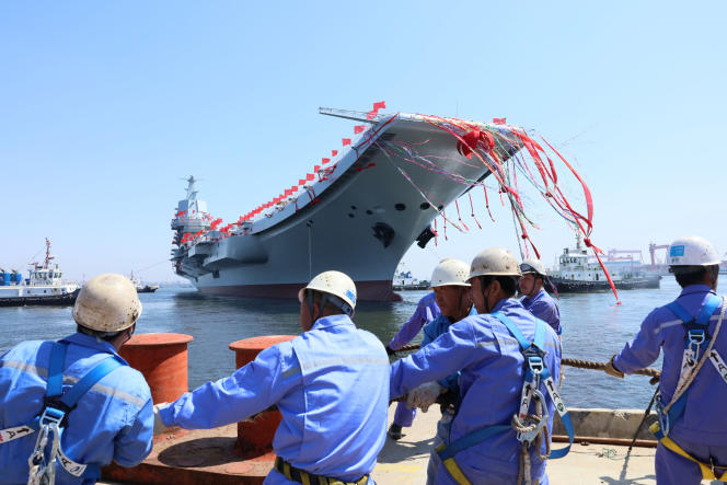 Inauguration du premier porte-avions chinois, à Dalian, le 26 avril 2017.