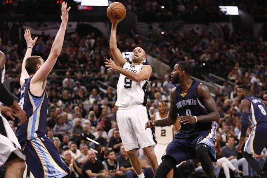 Pour la première fois depuis 2001, Tony Parker n'évoluera plus sous le maillot des Spurs à l'automne prochain.