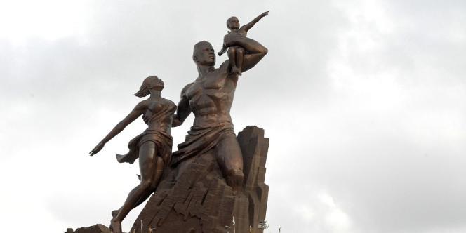 Le Monument de la rennaissance africaine, à Dakar, sur la colline de Ouakam.