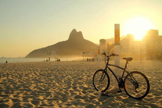 Première étape d'un très beau périple : la plage d'Ipanema, à Rio.