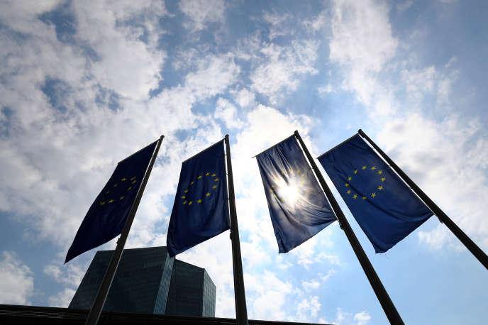 « La vraie question est : comment améliorer la zone euro, mettre en place de meilleures politiques, réduire le chômage et les inégalités ?» (Photo: Banque centrale européenne, Francfort, le 27 avril).