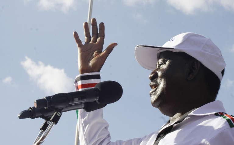 L'opposant kényan Raila Odinga s'adressant à la foule réunie au parc Uhuru à Nairobi, le 27 avril 2017.