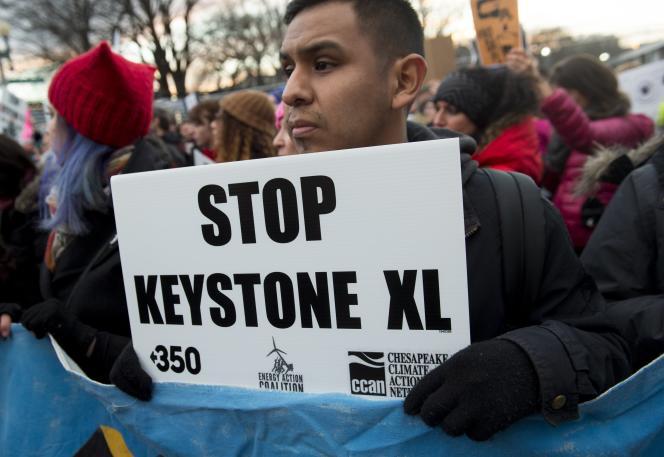 Manifestation contre le projet d'oléoduc