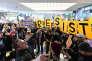 Manifestation à l'aéroport international de San Francisco en Californie, le 29 janvier, contre le décret anti-immigration pris par Donald Trump.
