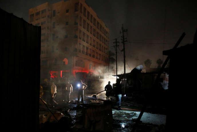 Bagdad, avril 2017, sur le site d'une attaque suicide : le chaos perdure.