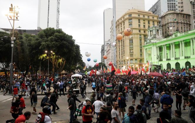 Lors de la grève générale contre les réformes du gouvernement Temer à Rio de Janeiro, le 28 avril.