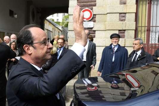 François Hollande, à Belle-Ile-en-Mer, le 28 avril.