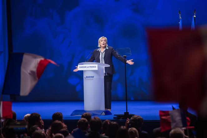 Marine Le Pen, candidate au deuxième tour de la présidentielle 2017, en meeting à Nice le 27 avril.