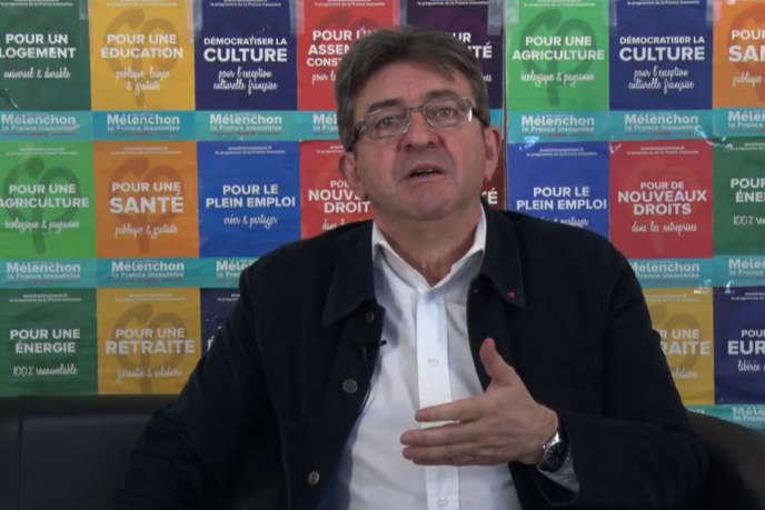 Capture d'écran d'une vidéo de Jean-Luc Mélenchon, publiée sur YouTube le 28 avril.