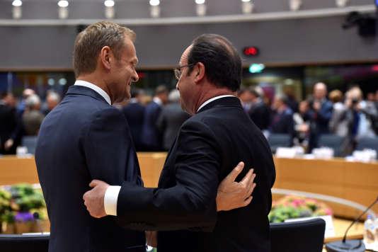 François Hollande et Donald Tusk à Bruxelles, le 29 avril.
