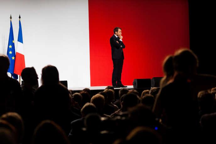 Meeting d'Emmanuel Macron, candidat du mouvement En marche! à l'élection présidentielle, le 28 avril à Châtellerault.