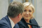 Conférence de presse de Nicolas Dupont-Aignan et Marine Le Pen, lors de la campagne présidentielle, le 29 avril 2017.