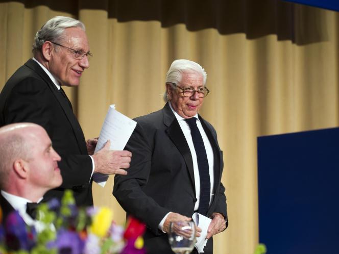 Bob Woodward et Carl Bernstein, les héros du Watergate, le scandale qui a contraint Richard Nixon à la démission en 1974.