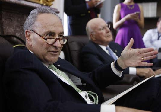 Le leader de la minorité démocrate au Sénat américain, Charles Schumer (New York), lundi 1er mai.