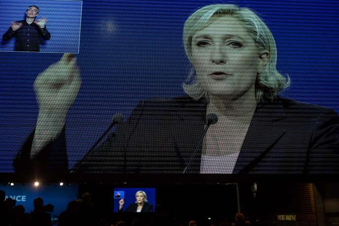 Meeting de Marine Le Pen au parc des Expositions de Villepinte, le 1er mai.