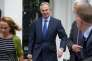 L'ancien premier ministre britannique, Tony Blair, quitte son bureau, dans le centre de Londres, le 5juillet 2016.