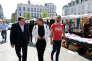 Ahmed El Khannouss (à gauche), le 8 mai àMolenbeek, lors d'une rencontre avec des représentants des banlieues françaises.