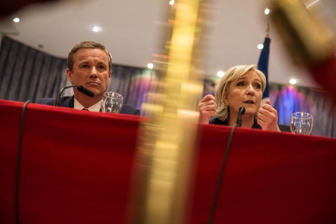Conférence de Presse de Marine le Pen et Nicolas Dupont Aignan qui a décidé de rallier la candidate, samedi 29 avril 2017 aux salons Hoche à Paris. Prise de parole.