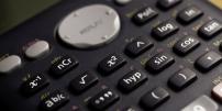 Au bac 2018, les élèves pourront encore utiliser leur calculette pour les épreuves scientifiques, sans avoir à activer le mode examen.