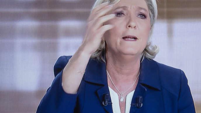 Captation TV du débat pour le second tour de la présidentielle 2017 entre Marine Le Pen et Emmanuel Macron. Paris le 3 mai 2017 - 2017©Jean-Claude Coutausse / french-politics pour Le Monde