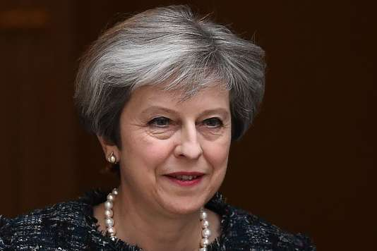 Le projet de Theresa May, approuvé par la chambre basse, vise à constituer une majorité parlementaire forte avant d'entamer les négociations de divorce avec l'UE.